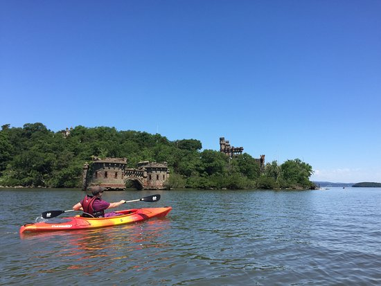 Kayak the hudson river valley -- storm king adventure tours 845-534-7800 go for Hudson Valley outside