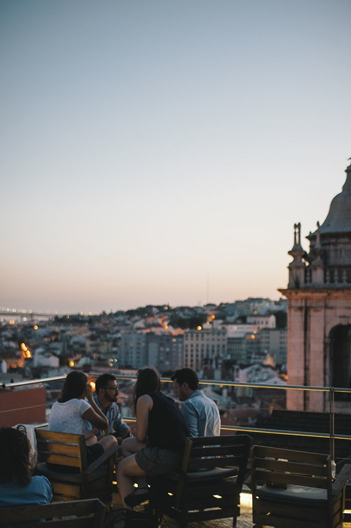 Lisbon: the very best 5 rooftops to look at the sunset night the